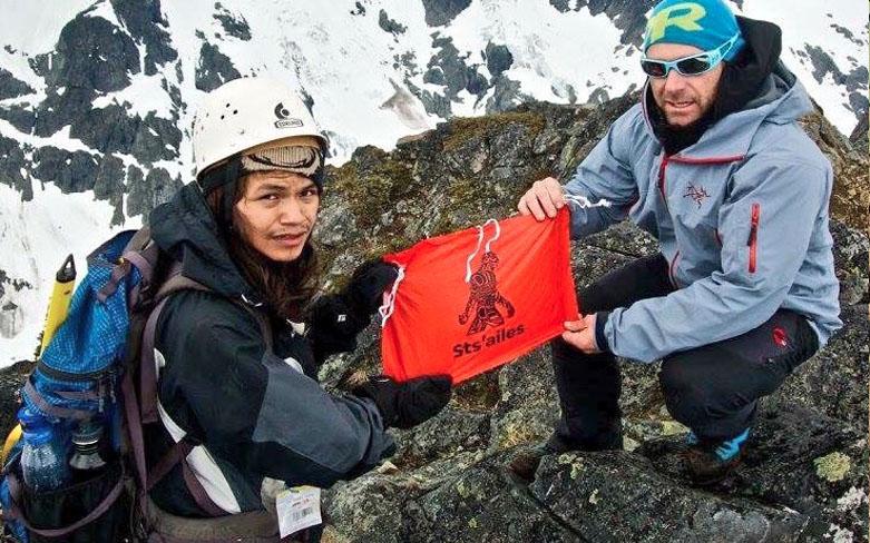 Teacher Adam palmer with Mountaineer student