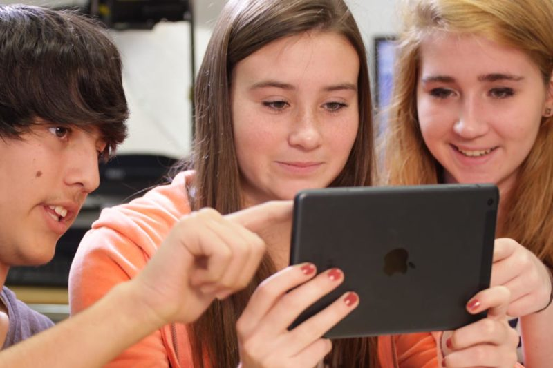 Film Students learn on Cyber Film School for iPad